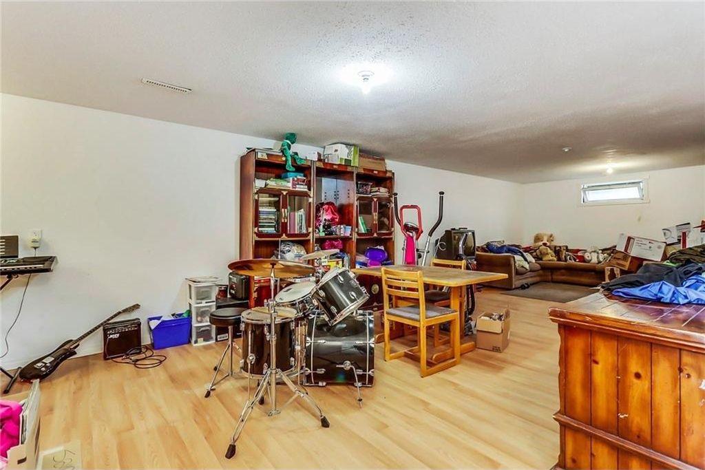 Photo 19: Photos: 824 MATADOR Crescent NE in Calgary: Mayland Heights House for sale : MLS®# C4131129