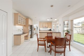 Photo 9: 8180 DALEMORE Road in Richmond: Seafair House for sale : MLS®# R2445025