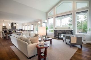 """Photo 3: 23663 62A Crescent in Langley: Salmon River House for sale in """"Williams Park / Salmon River"""" : MLS®# R2252191"""