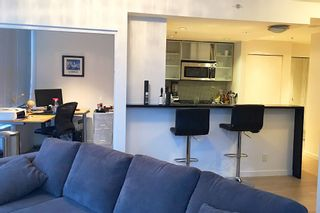 "Photo 8: 3307 33 SMITHE Street in Vancouver: Yaletown Condo for sale in ""COOPERS LOOKOUT"" (Vancouver West)  : MLS®# R2212690"