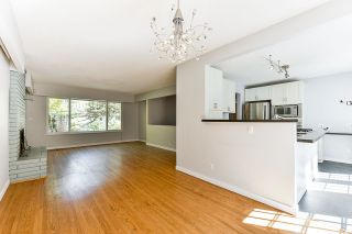 Photo 7: 4445 COVE CLIFF Road in North Vancouver: Deep Cove House for sale : MLS®# R2494964