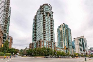 """Photo 1: 1801 1128 QUEBEC Street in Vancouver: Downtown VE Condo for sale in """"THE NATIONAL"""" (Vancouver East)  : MLS®# R2484422"""
