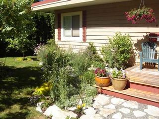 Photo 3: 2696 MEADOWBROOK COURT in COURTENAY: Courtenay North Residential Detached for sale (Comox Valley)  : MLS®# 230298
