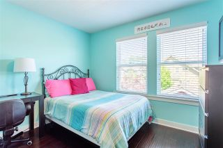 """Photo 31: 23009 JENNY LEWIS Avenue in Langley: Fort Langley House for sale in """"Bedford Landing"""" : MLS®# R2506566"""