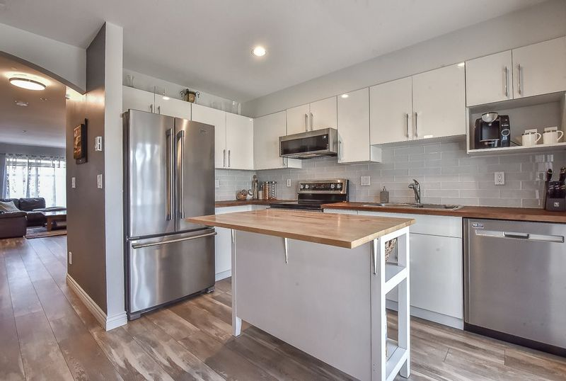 FEATURED LISTING: 9 - 6415 197 Street Langley