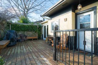 Photo 3: 15620 RUSSELL Avenue: White Rock House for sale (South Surrey White Rock)  : MLS®# R2140276