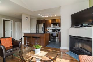 Photo 14: 403 19320 65TH Avenue in Surrey: Clayton Condo for sale (Cloverdale)  : MLS®# F1434977