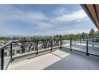 """Photo 19: 57 2825 159 Street in Surrey: Grandview Surrey Townhouse for sale in """"Greenway At The Southridge Club"""" (South Surrey White Rock)  : MLS®# R2259618"""