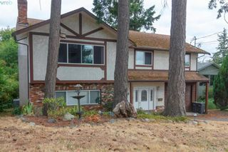 Photo 2: 932 Rankin Rd in VICTORIA: Es Kinsmen Park House for sale (Esquimalt)  : MLS®# 793353