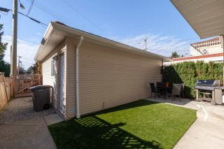 Photo 16: 2823 VICTORIA Drive in Vancouver: Grandview Woodland 1/2 Duplex for sale (Vancouver East)  : MLS®# R2416578