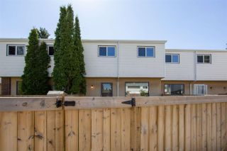Photo 5: 1945 73 Street in Edmonton: Zone 29 Townhouse for sale : MLS®# E4240363