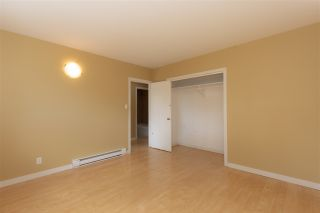Photo 18: 29858 FRASER Highway in Abbotsford: Aberdeen House for sale : MLS®# R2477913