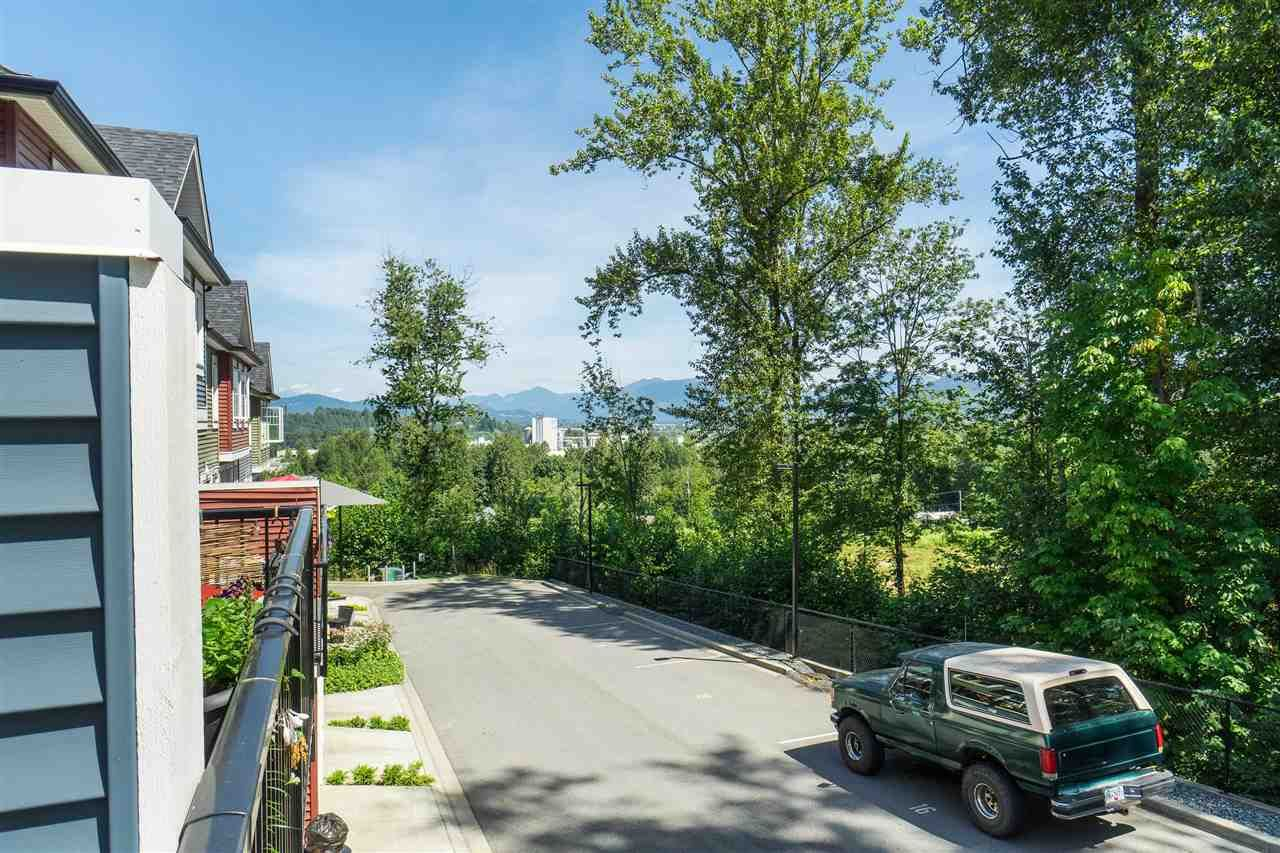 """Photo 4: Photos: 13 2850 MCCALLUM Road in Abbotsford: Central Abbotsford Townhouse for sale in """"Urban Hillside"""" : MLS®# R2478598"""