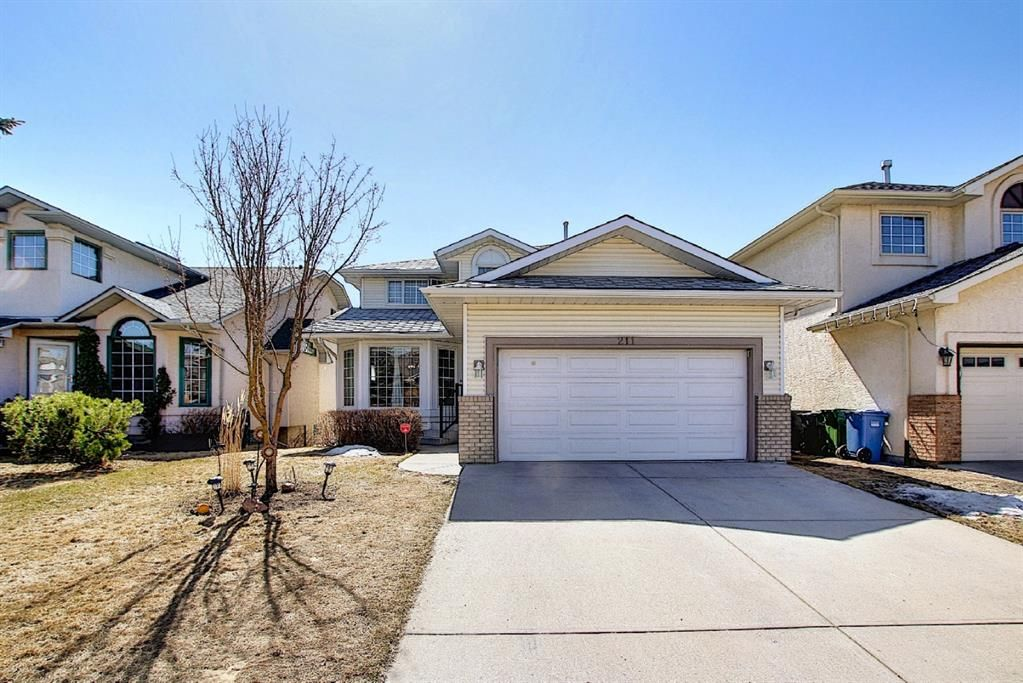 Main Photo: 211 Schubert Hill NW in Calgary: Scenic Acres Detached for sale : MLS®# A1101903