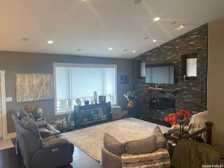 Photo 2: 560 Park Street in Cut Knife: Residential for sale : MLS®# SK847224