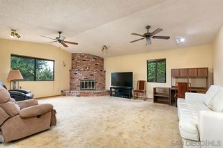 Photo 8: CHULA VISTA House for sale : 3 bedrooms : 826 David Dr.
