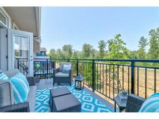 """Photo 19: 28 15717 MOUNTAIN VIEW Drive in Surrey: Grandview Surrey Townhouse for sale in """"Olivia"""" (South Surrey White Rock)  : MLS®# R2600355"""