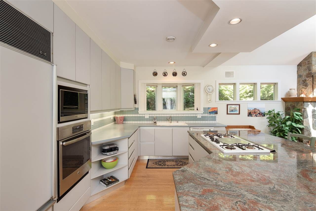 Photo 17: Photos: 1988 ACADIA Road in Vancouver: University VW House for sale (Vancouver West)  : MLS®# R2536524