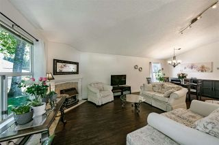 """Photo 11: 20 6537 138 Street in Surrey: East Newton Townhouse for sale in """"CHARLESTON GREEN"""" : MLS®# R2588648"""