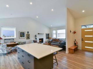 Photo 1: 445 Parkway Rd in CAMPBELL RIVER: CR Willow Point House for sale (Campbell River)  : MLS®# 845672