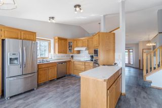Photo 5: 189 Shawbrooke Close SW in Calgary: Shawnessy Detached for sale : MLS®# A1135399