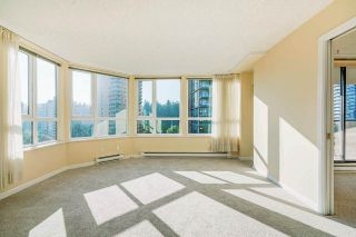 """Photo 7: 903 6152 KATHLEEN Avenue in Burnaby: Metrotown Condo for sale in """"EMBASSY"""" (Burnaby South)  : MLS®# R2506354"""