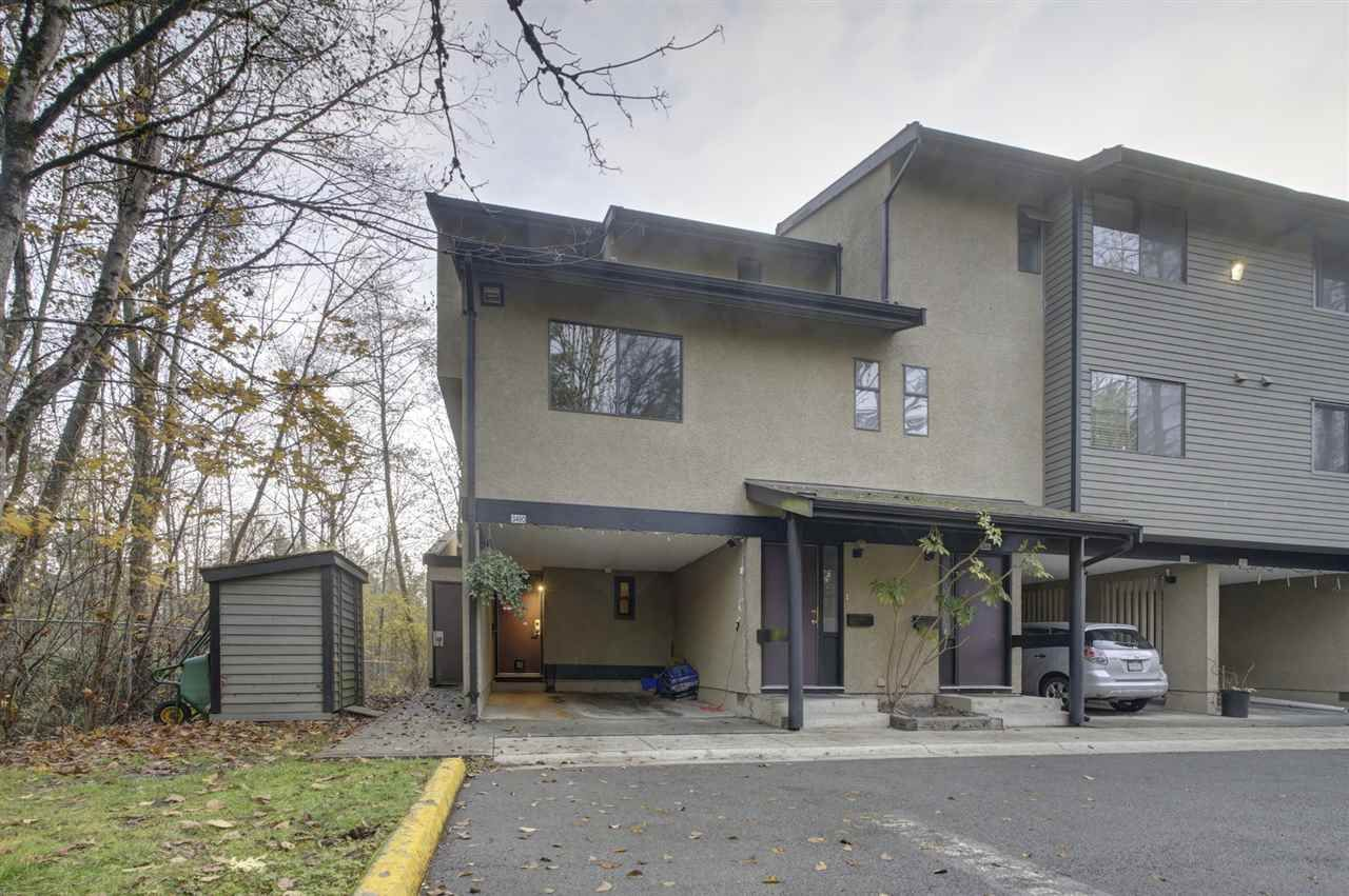 """Main Photo: 3490 NAIRN Avenue in Vancouver: Champlain Heights Townhouse for sale in """"COUNTRY LANE"""" (Vancouver East)  : MLS®# R2419271"""
