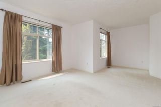 Photo 15: 401 288 Eltham Rd in View Royal: VR View Royal Row/Townhouse for sale : MLS®# 883864