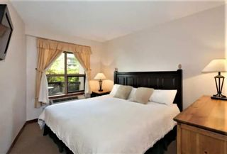 """Photo 6: 101 4800 SPEARHEAD Drive in Whistler: Benchlands Condo for sale in """"The Aspens"""" : MLS®# R2623932"""