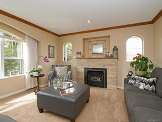 Photo 4: 1136 Lucille Dr in Central Saanich: CS Brentwood Bay House for sale : MLS®# 838973
