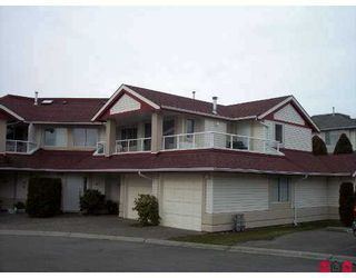 """Photo 1: 31406 UPPER MACLURE Road in Abbotsford: Abbotsford West Townhouse for sale in """"ELWOOD ESTATES"""" : MLS®# F2702993"""