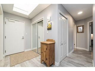 "Photo 9: 404 1220 FIR Street: White Rock Condo for sale in ""Vista Pacifica"" (South Surrey White Rock)  : MLS®# R2493236"