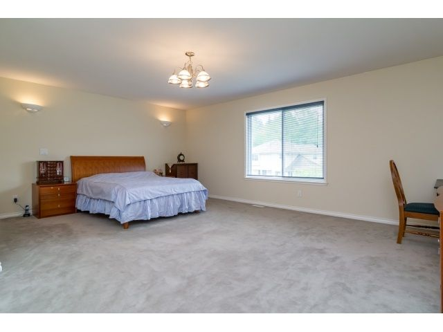 Photo 13: Photos: 11127 156A Street in Surrey: Fraser Heights House for sale (North Surrey)  : MLS®# R2071539