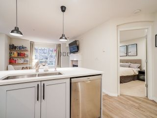 """Photo 9: 202 333 E 1ST Street in North Vancouver: Lower Lonsdale Condo for sale in """"Vista West"""" : MLS®# R2554651"""