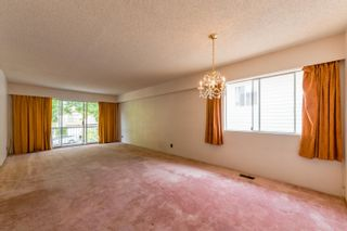 Photo 4: 5050 MANOR Street in Vancouver: Collingwood VE House for sale (Vancouver East)  : MLS®# R2609741