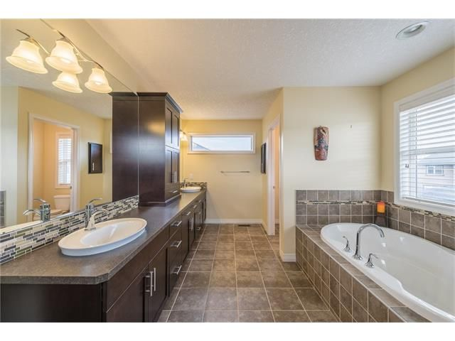 Photo 25: Photos: 151 evansdale Common NW in Calgary: Evanston House for sale : MLS®# C4064810