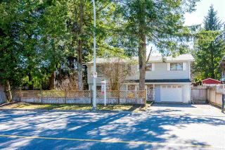 Photo 2: 20794 48 Avenue in Langley: Langley City House for sale : MLS®# R2350433