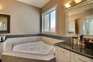 Photo 30: 7528 161A Avenue NW in Edmonton: Zone 28 House for sale : MLS®# E4238024