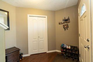 Photo 5: 8407 SLOANE Crescent in Edmonton: Zone 14 House for sale : MLS®# E4256612