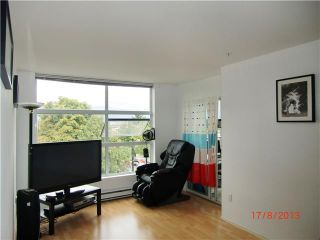 "Photo 2: PH1 418 E BROADWAY in Vancouver: Mount Pleasant VE Condo for sale in ""BROADWAY CREST"" (Vancouver East)  : MLS®# V1022028"