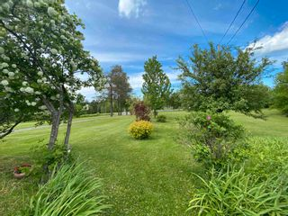 Photo 6: 5320 Little Harbour Road in Little Harbour: 108-Rural Pictou County Residential for sale (Northern Region)  : MLS®# 202112326