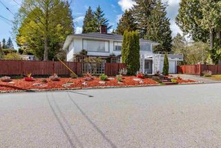 Main Photo: 715 HUNTINGDON Crescent in North Vancouver: Dollarton House for sale : MLS®# R2575050