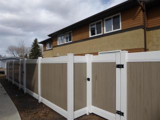 Photo 26: 140 Woodborough Way NW in Edmonton: Zone 35 Townhouse for sale : MLS®# E4240831