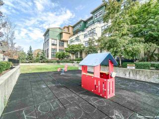 """Photo 18: 102 3788 NORFOLK Street in Burnaby: Central BN Townhouse for sale in """"Panacasa"""" (Burnaby North)  : MLS®# R2403565"""