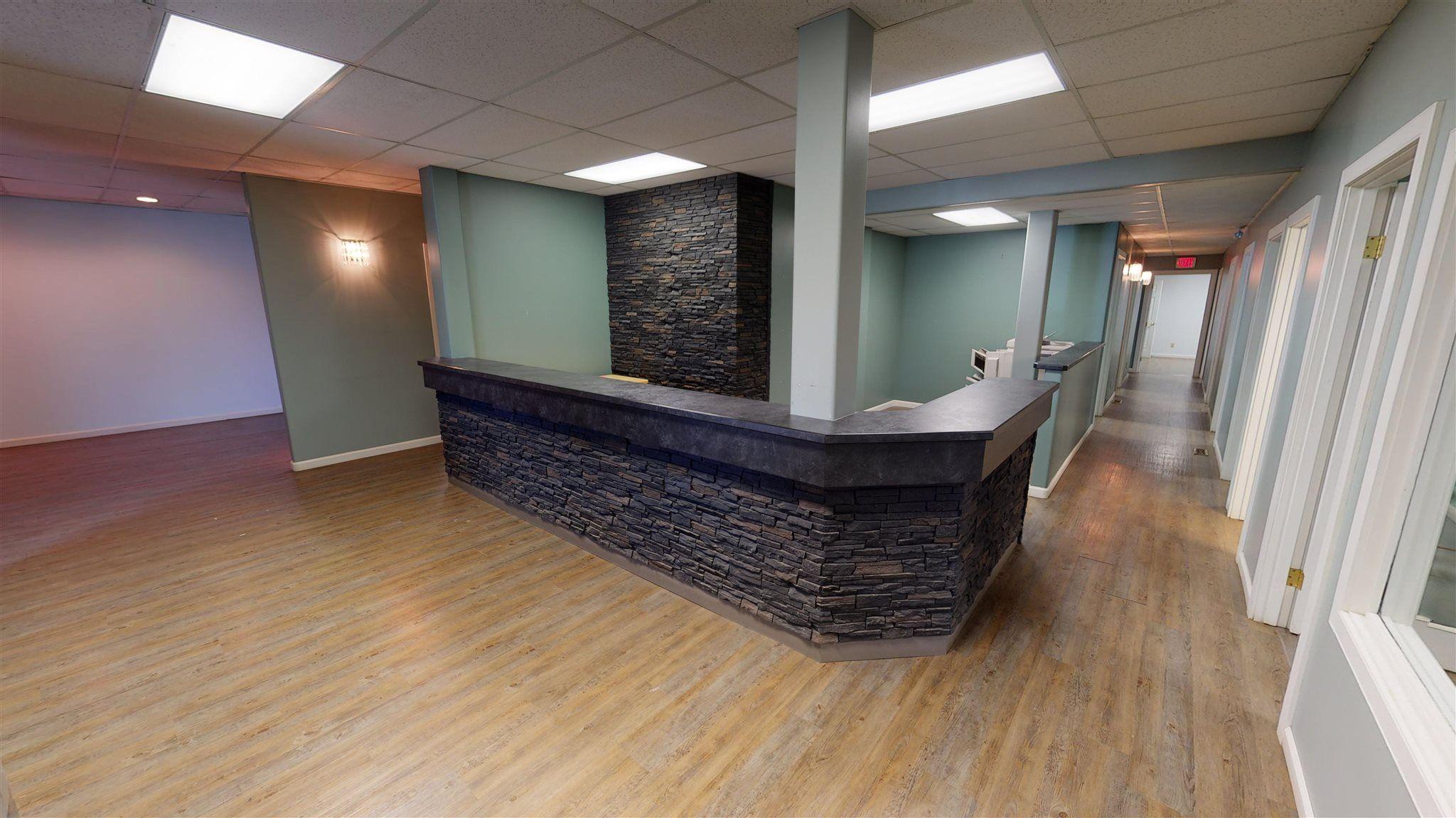 Photo 4: Photos: 10067 100 Avenue in Fort St. John: Fort St. John - City NW Office for sale (Fort St. John (Zone 60))  : MLS®# C8039097