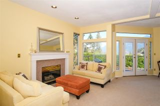 Photo 4: 6357 CHATHAM Street in West Vancouver: Horseshoe Bay WV 1/2 Duplex for sale : MLS®# R2357117