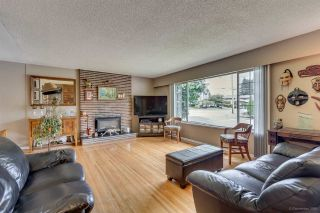 Photo 3: 1900 WINSLOW Avenue in Coquitlam: Central Coquitlam House for sale : MLS®# R2093268