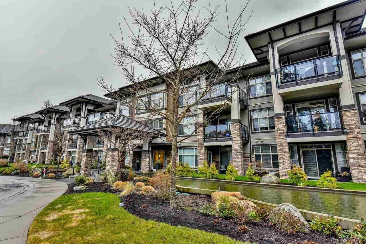 "Main Photo: 108 15195 36 Avenue in Surrey: Morgan Creek Condo for sale in ""Edgewater"" (South Surrey White Rock)  : MLS®# R2283276"