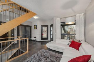 Photo 2: 105 Sherwood Road NW in Calgary: Sherwood Detached for sale : MLS®# A1119835