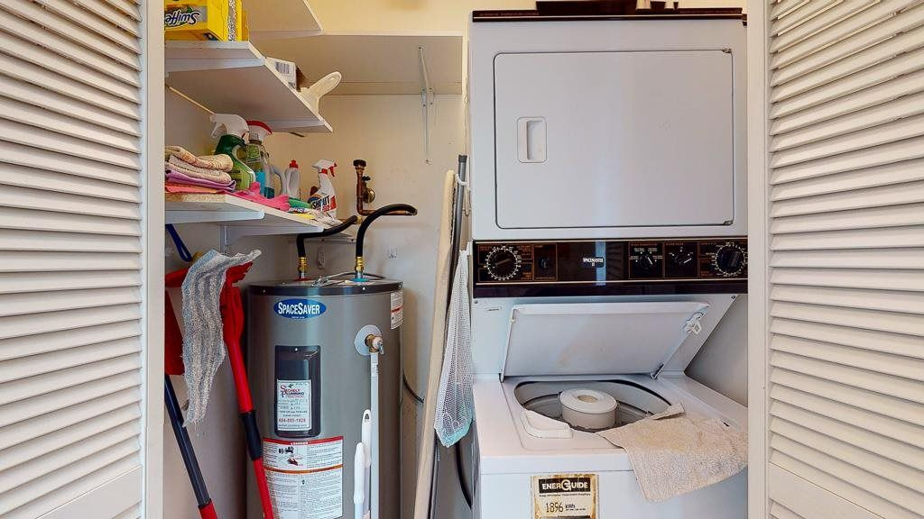 "Photo 13: Photos: 308 5711 MERMAID Street in Sechelt: Sechelt District Condo for sale in ""MERMAID BUILDING"" (Sunshine Coast)  : MLS®# R2593663"